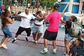 Disneyland combat, la famille impliquée condamnée découvrir ce qui s'est passé?