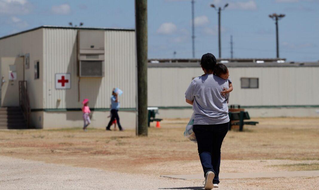 Les autorités fédérales continuent à rechercher les parents de 628 enfants séparés à la frontière mexicaine