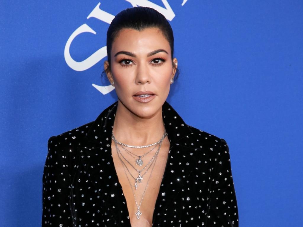 Kourtney Kardashian est prête pour sa romance éclair avec Travis Barker et tout ce qu'elle peut contenir