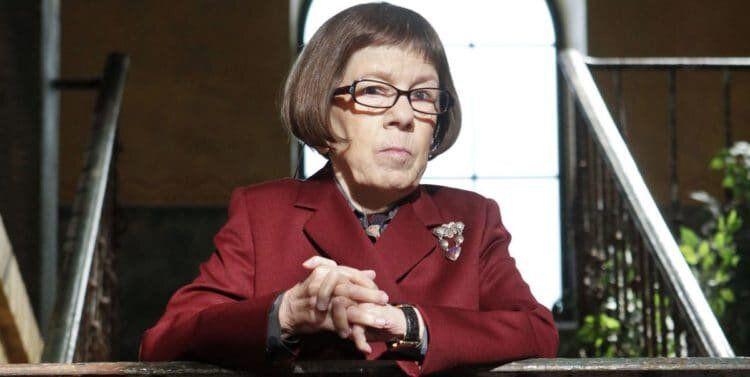 NCIS : Los Angeles 12, Linda Hunt est à nouveau Henrietta Lange dans le final de la saison.
