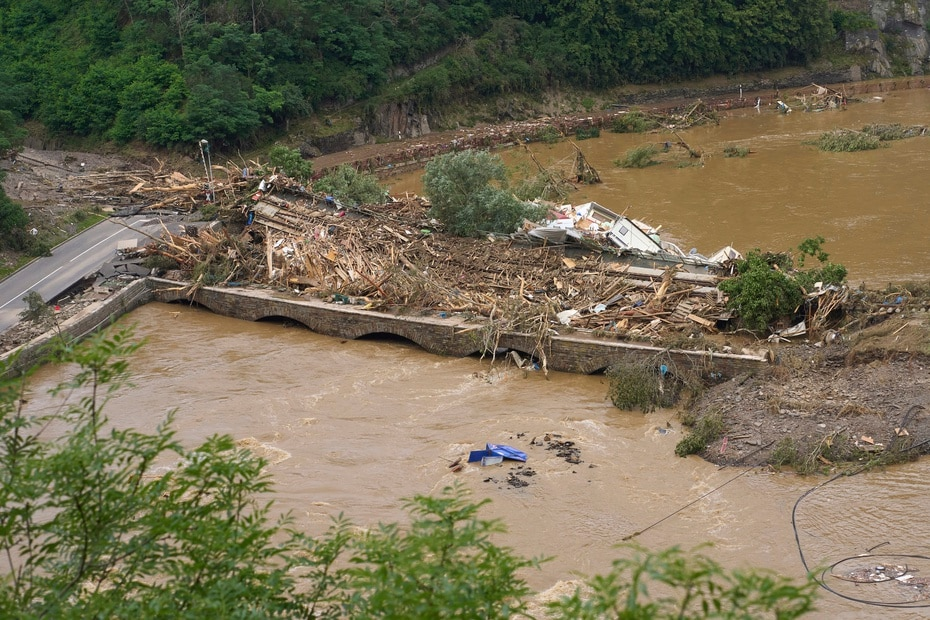 Les autorités avaient dénombré plus de 110 morts et 1 300 disparus.
